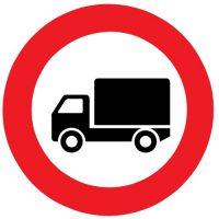 ceļa zīme Nr. 306 Kravas automobiļiem braukt aizliegts