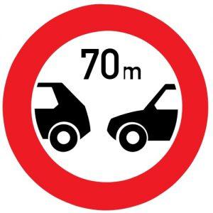 Ceļa zīme - Nr. 318 Minimālās distances ierobežojums
