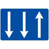 Ceļa zīme - Nr. 719 Braukšanas virzieni joslās