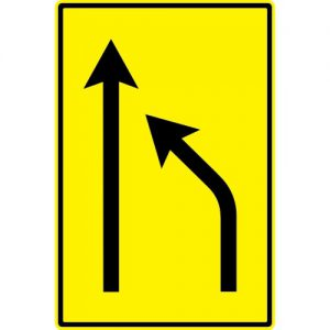 Ceļa zīme - Nr. 736 Iepriekšējs norādītājs pārkārtoties