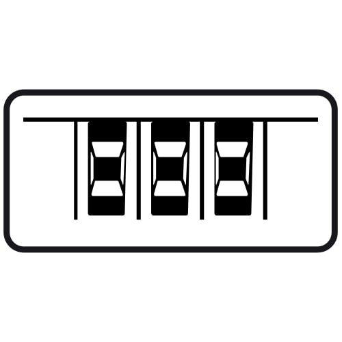 Ceļa zīme - Nr. 835 Transportlīdzekļa novietojuma veids stāvvietā