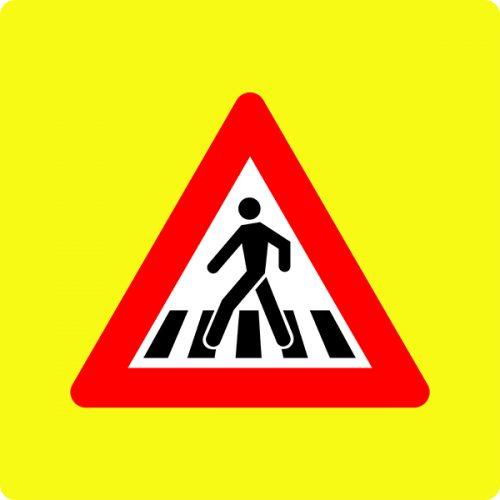 Ceļa zīme - Nr. 120 Gājēju pāreja (ar fluorescējošu apmali)