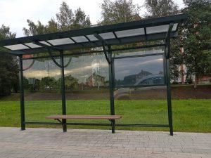Autobusu pieturvietu nojume ar stiklu - paviljons