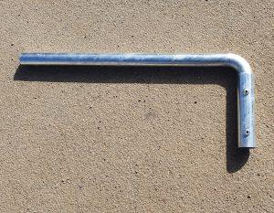 Ceļa zīmes staba (balsta) konsole
