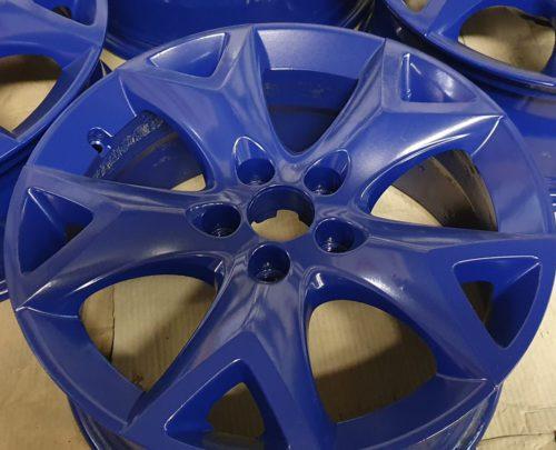 Automašīnu disku pulverkrāsošana